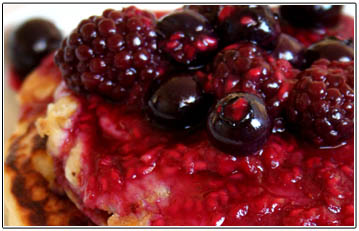 pancakes-and-berry-sauce41