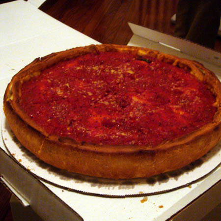 chicago-stuffed-pizza-in-box